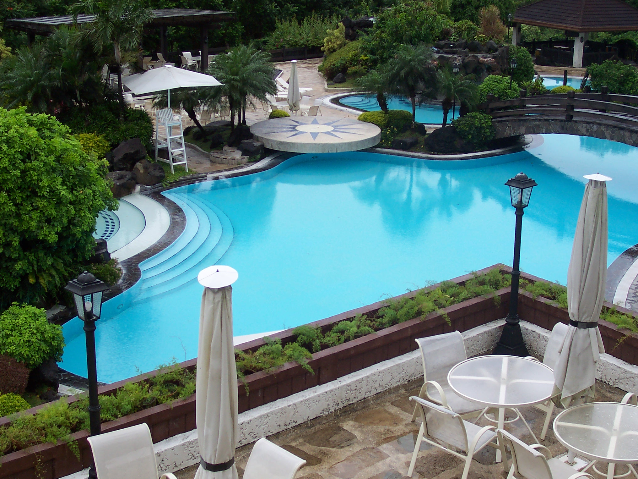 Swimming pool blog for Good swimming pools
